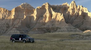 Badlands_with_car.jpg